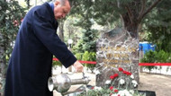 Bahçeli hilali Erdoğan'a hediye etmeye hevesli