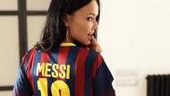 Seksi güzel Angelina Petrova Messi sevgisini böyle gösterdi