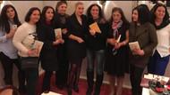 Hande Ertekin'den Almanya'da imza günü: Konu Aşksa'ya büyük ilgi