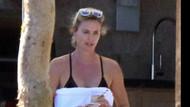 42 yaşındaki Charlize Theron mankenlere taş çıkartıyor
