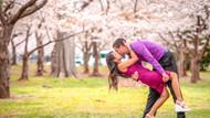 İnternetin en aşık çifti: Her yerde öpüşüyorlar