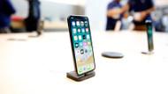 iPhone X satışa çıkar çıkmaz izdiham yarattı