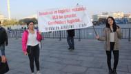 Sözcü Gazetesi davası öncesi sessiz protesto