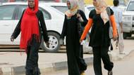 Pantolon giyen Sudanlı kadınlar ahlaksızlıkla suçlanıyor