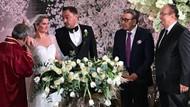 Aydın Doğan genç asistanının nikah şahidi oldu