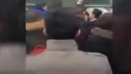 Metrobüste cinsel tacizde bulunan kişiye linç girişimi kamerada