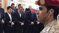 Hulusi Akar Mekke'de Erdoğan'la namaz kıldı