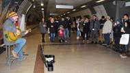 Yarım saatte 137 TL! Çelik metroda şarkı söylerse...