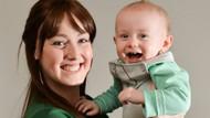 İnanılmaz olay! 8 aylık bebek annesinin meme kanserini teşhis etti