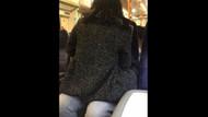 Metroda sabah işe giden yolcular ilginç bir görüntüyle karşılaştı