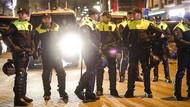 Son dakika haberleri: Hollanda'da protesto için toplanan Türklere polis saldırdı..