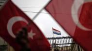Son dakika haberler: Hollanda hükümeti Türkiye'nin özür çağrısını reddetti