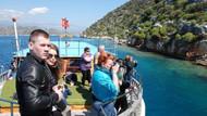 Rus turistler Demre'ye yaz getirdi