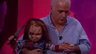 Ahmet Çakar'ın Chucky ile canlı yayında ilginç anları! Stüdyo koptu