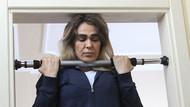 Nagihan Karadere evde kalmış kız rolünde