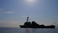 Son Dakika... ABD Donanması İran gemisine uyarı fişeği attı