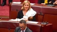 Bebeğini emziren politikacıdan Avustralya meclisinde ilk