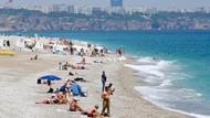 Antalya'da mayıs güneşinde deniz keyfi