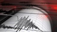 Kuşadası 4.2'lik depremle sarsıldı