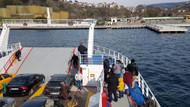 Son Dakika... Boğazda arabalı vapur lüks tekneye çarptı