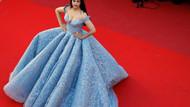Rihanna giydikleriyle Cannes'a damga vurdu