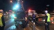 Kaza yapan otomobil metrobüs yoluna daldı