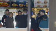 Kadıköy'de fast food restoranında silahlı soygun