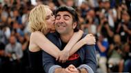 Diane Kruger'in Fatih Akın'ı öpmesi Cannes'da olay oldu
