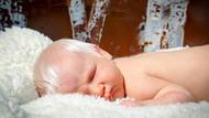 Beyaz saçlı bebek şaşkınlık yarattı