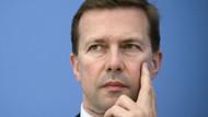 Almanya: Macron'un zaferi AB'nin zaferidir