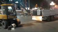 Son dakika: Kılıçdaroğlu'nun yürüyüşü öncesi Güvenpark'a getirilen bariyerler apar topar kaldırıldı