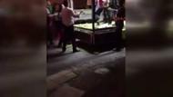 Üsküdar'da seyyar satıcı kadın ile zabıta arasında arbede yaşandı
