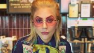Lady Gaga Starbucks'ta garson oldu