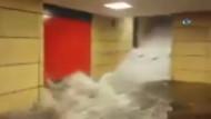 Paris'te metro durakları sular altında kaldı