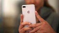 iPhone'un arka kamerasının yanındaki deliğin sırrı ne?