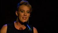 Fransız şarkıcı Barbara Weldens sahnede öldü