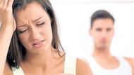 Hangi şarkıcı evli aşkından hamile kaldı?