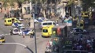 Son dakika haberler: Barcelona'da silahlı teröristler minibüsle kalabalığın arasına daldı