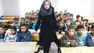 İçişleri, Suriyelilerden vatandaşlık için evrak istedi; ilk kimliği öğretmenler alacak