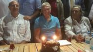 Uğur Dündar'a Çanakkale'de sürpriz doğum günü
