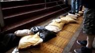 Son dakika: İstanbul yağmura teslim oldu.. Taksim metrosunu su bastı