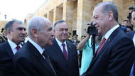 Erdoğan'ın Bahçeli ile Anıtkabir'de samimi görüntüleri