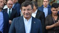 Davutoğlu'nun bayramlaşma töreninde olay! Bir öğretmen gözaltına alındı