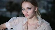 Johnny Depp'in kızı Lily-Rose yıldız olma yolunda hızla ilerliyor