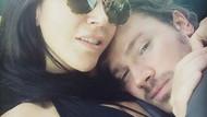 Hande Yener nişanlısı Ümit Cem Şenol'u nasıl sarıp sarmaladı?