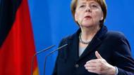Alman medyası PKK dedi, Merkel'i topa tuttu