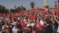 'Erdoğancı'larla 'Mustafa Kemal'in askerleri'ni polis ayırdı