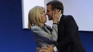 Macron'un yazdığı 300 sayfalık erotik roman ortaya çıktı