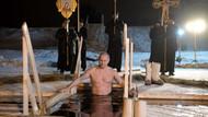 Rus lider Putin buz gibi suda vaftiz oldu
