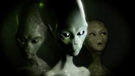 Pentagon'un gizli UFO programını yürüten Elizondo'dan şok edici açıklamalar